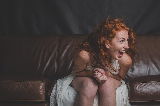 【画像】関わってはいけない系女の笑い方がコレwwww