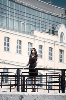 【画像】ウクライナの女さん、スタイルが良すぎるwwww