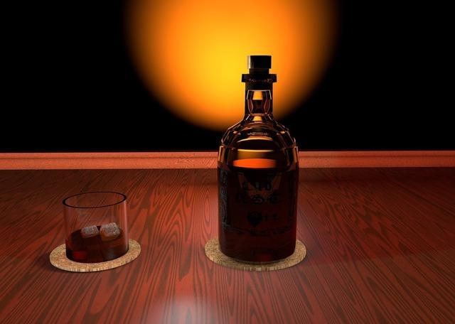 whisky-2509140_1920.jpg